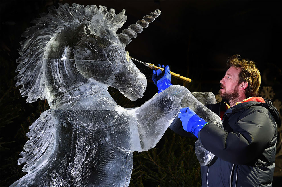 Ice Sculpture Artist, A Unique and Artistic Business Idea