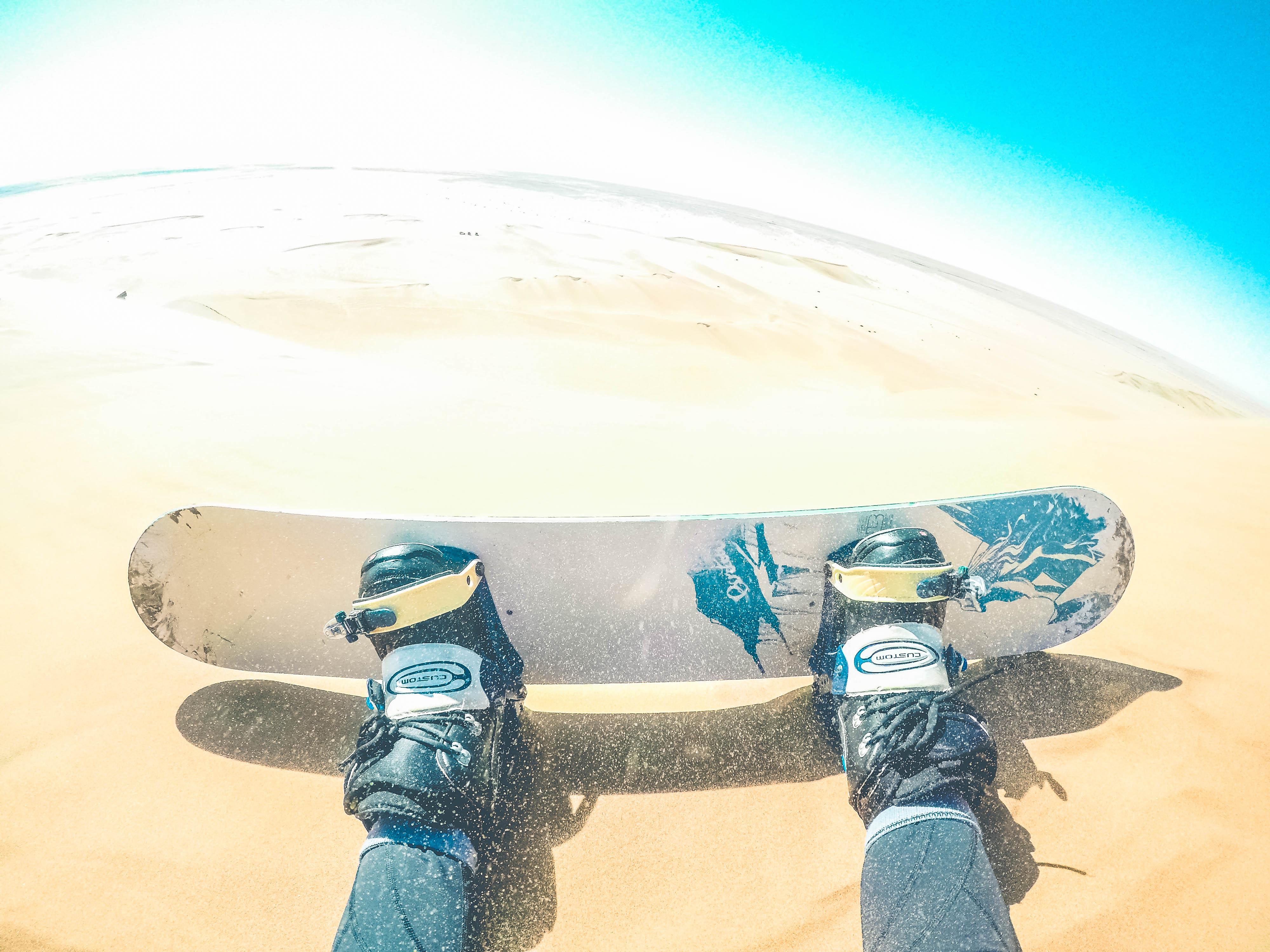 اسکی روی ماسه، ایده ای منحصر به فرد و سرگرم کننده
